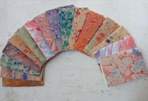 piccoli quaderni in carta marmorizzata a mano